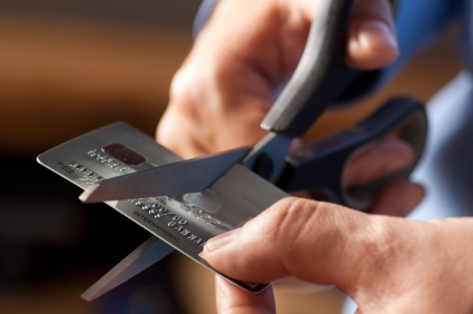 cutting-up-credit-card